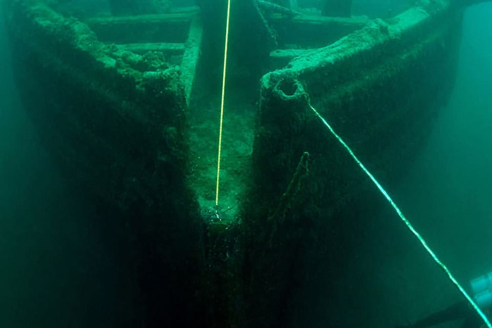 image of a shipwreck